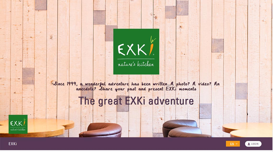 marketing exki on wood wall